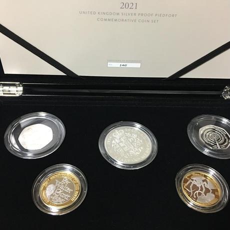 2021年記念セット ロイヤルミント ピエフォー版 銀貨 コイン 英国 イギリス The 2021 United Kingdom Silver Proof Piedfort Coin Set