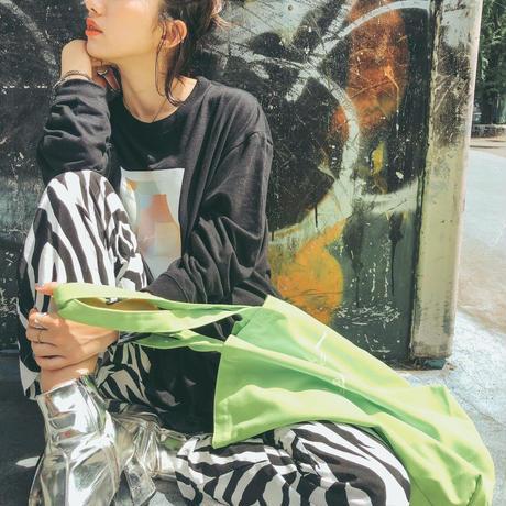 【ight】neon logo tote bag
