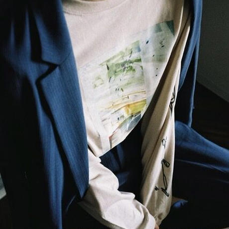 【ight】arm print L/S tee