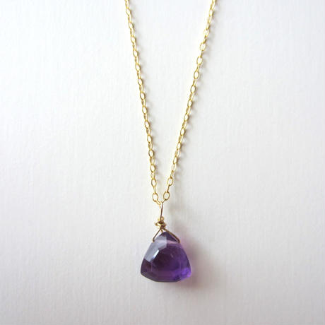 【UN058】 Amethyst Triangle Necklace 14KGF(アメジストトライアングルネックレス)