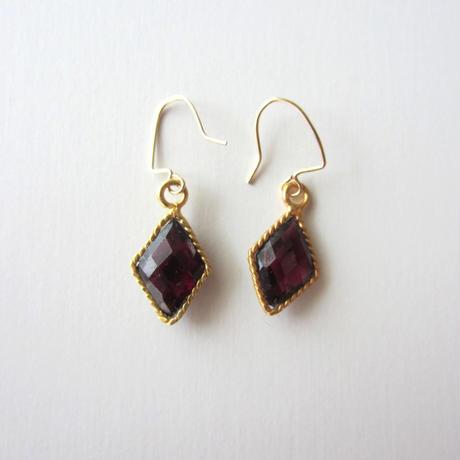 【UE094】 Indian Garnet Gold Diamond Earring 14KGF(インディアンガーネット ゴールドダイアモンド ピアス)
