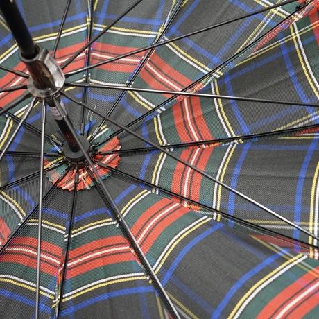 Aquascutum アクアスキュータム 日本製 12本骨高級傘 USED極美品 タータンチェック 多間 55cm 中古 ブランド S3518