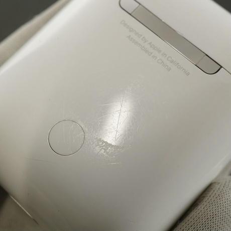 エアーポッズ 充電ケースのみ 第二世代 USED品 完動品 Apple AirPods X1383