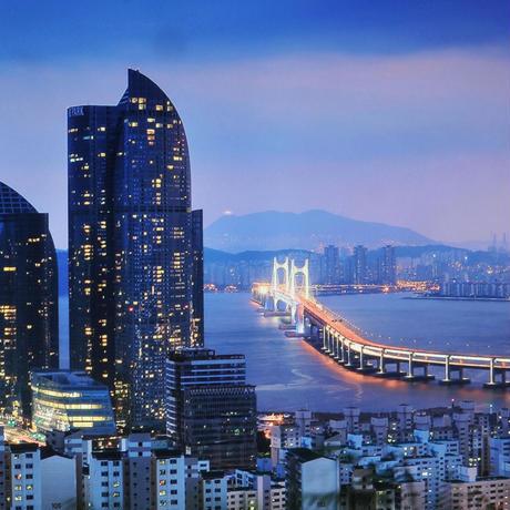 イル君と行く釜山三日間の旅 活気あふれる韓国最大の港町を歩く旅(お土産付き)