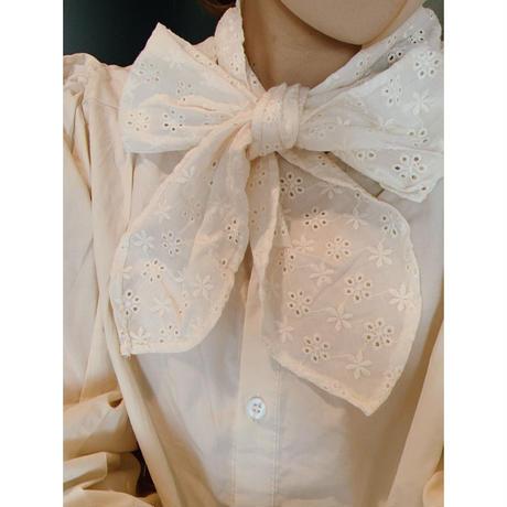 cotton ribbon cream blouse