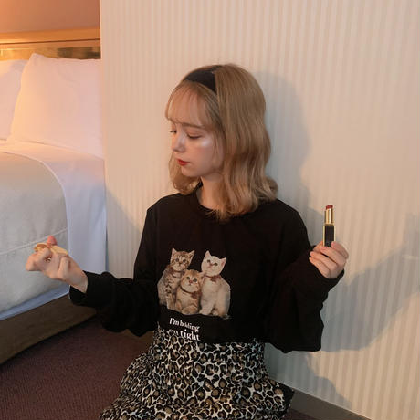 Treat cat long T-shirts(black)