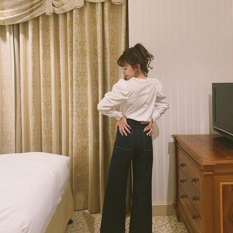 volume sleeve frill blouse