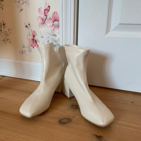square toe leather short boots