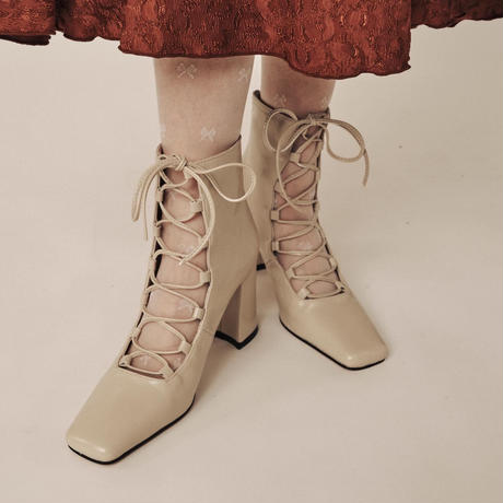 laceup classic boots