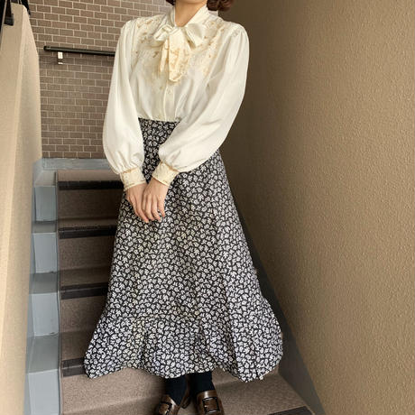 monotone retro flower long  skirt
