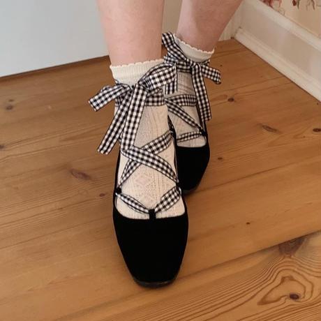 lace-up ballet shoes (black)