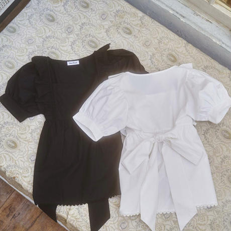 back ribbon tunic blouse(black)