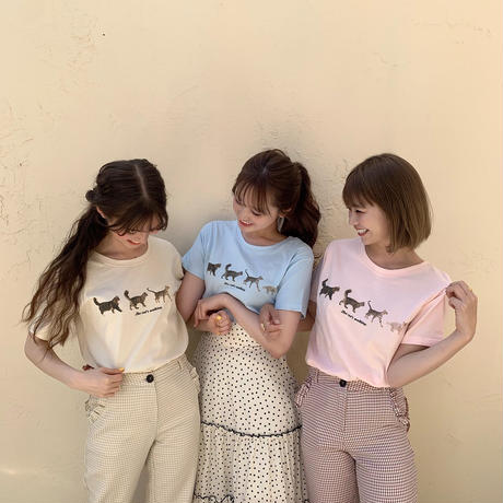Treat cat walk T-shirts (cream)