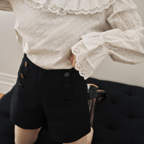 Button design short pants(black)