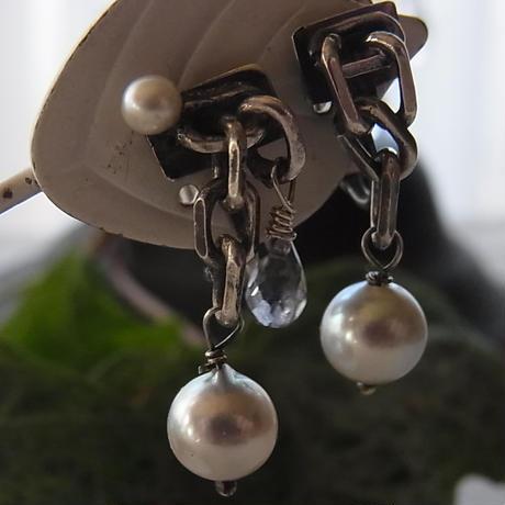 ナチュラルカラー アコヤ真珠イヤリング