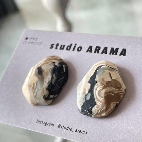 studio ARAMA  ishikoroピアス