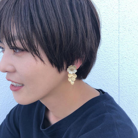 flower gold pierce
