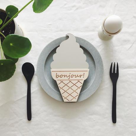 soft cream mirror