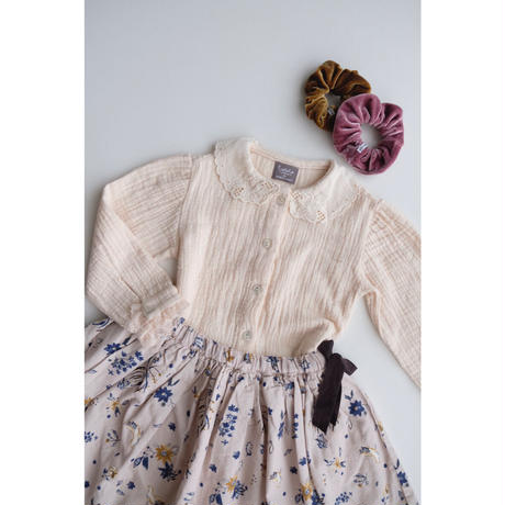 tocoto vintage Embroidered collar blouse with lace on sleeve hem(10Y)