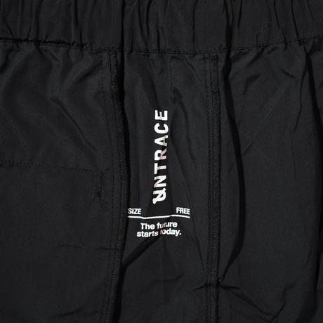 UNTRACE EASY SHORTS (Black×White)