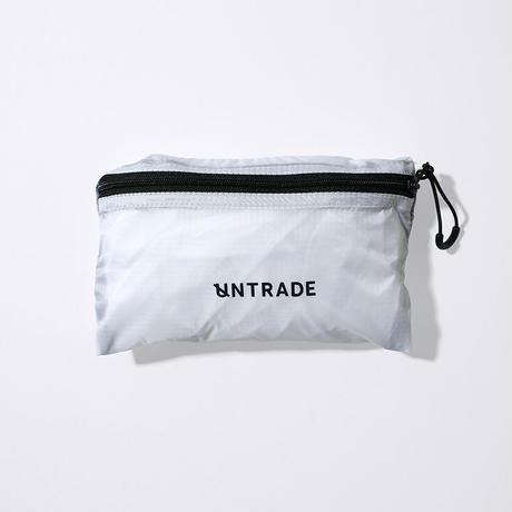 UNTRACE NYLON BAG (White×Navy)