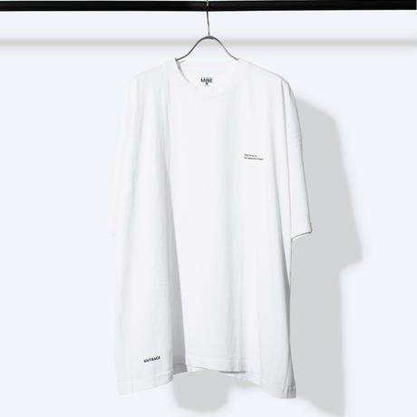 UNTRACE THE BEAUTIFUL CHAOS S/S  (White×Navy)