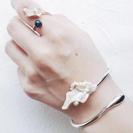 shell×silver925 bangle