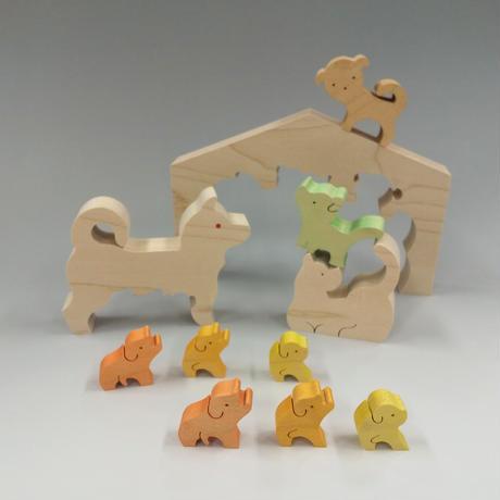 7匹のイヌ・家付き(21050706)
