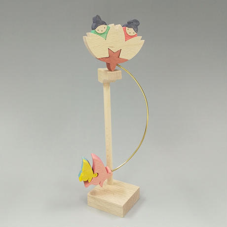 桜びなと蝶の親子(21051402)