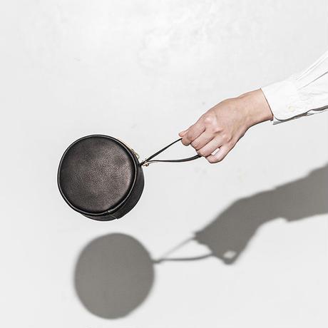 """BP-03_PEEL BAG """"Circle"""" #BLACK"""