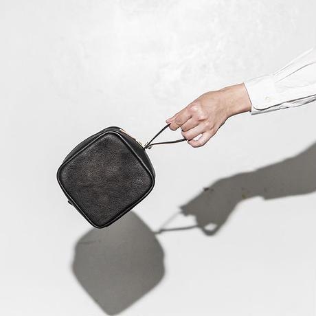 """BP-02_PEEL BAG """"Square"""" #BLACK"""