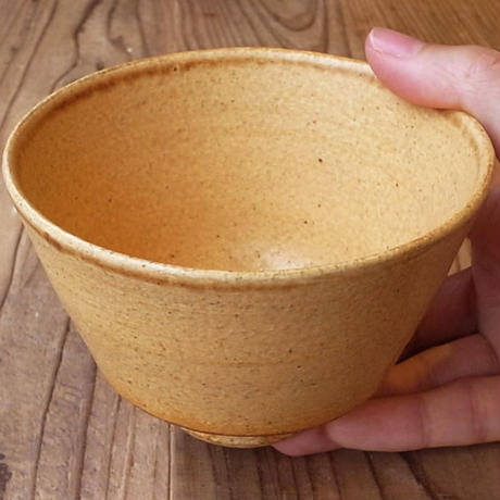 伊羅保釉小鉢