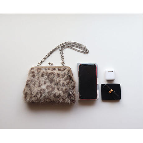 フェイクファーのレオパード柄   がま口お財布バッグ