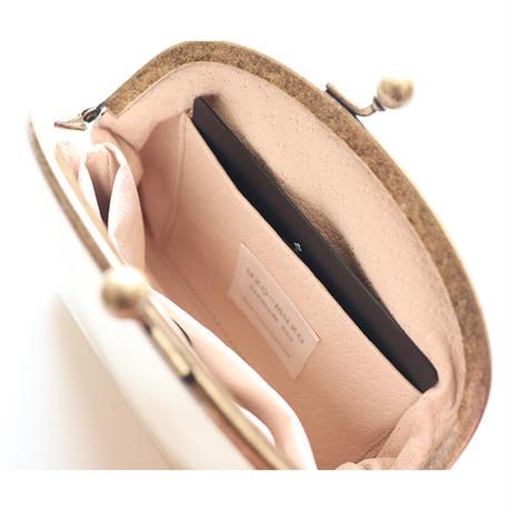 牛革メタリックプラチナゴールドのがま口財布・小物入れ