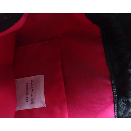フランス製ベルベットと羊革の巾着バッグ