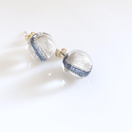 """piearced Earring  _ Line  <Blue>"