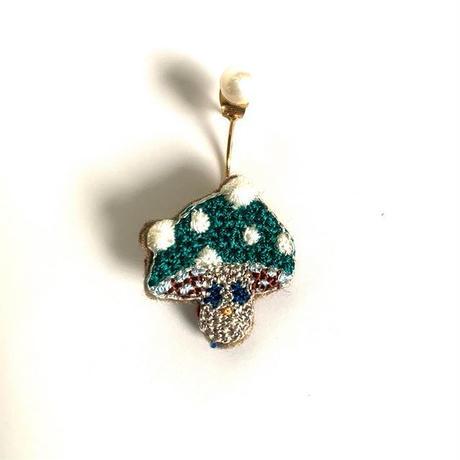 """""""mushroom pierced earring  -single"""" <Green color>"""