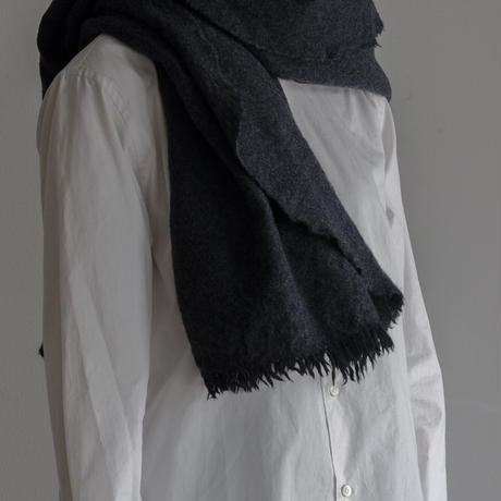 LOCALLY, chambray cut stole(black/charcoal)