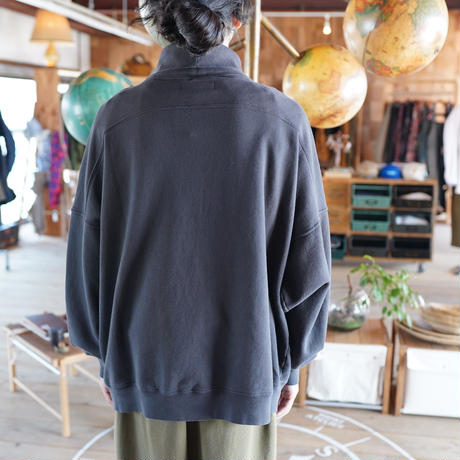 Monitaly, Turtleneck Sweatshirt