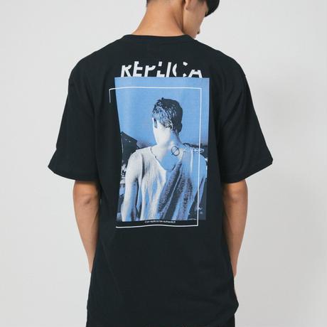 REPLICA TEE / black