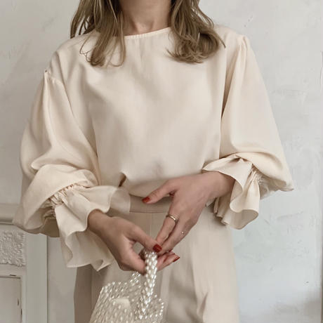 frill sleeve blouse[cream]