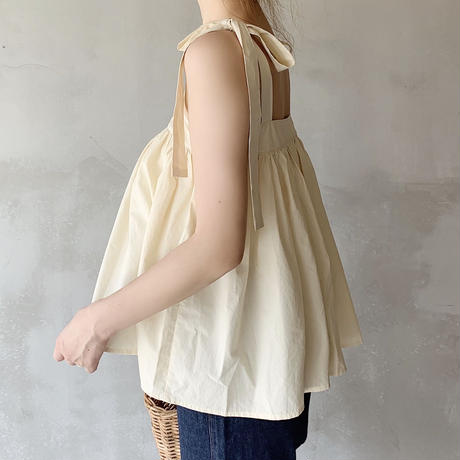 ribbon shoulder flare tops[beige]