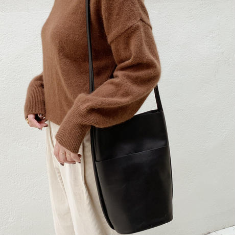 leather bucket bag[black]