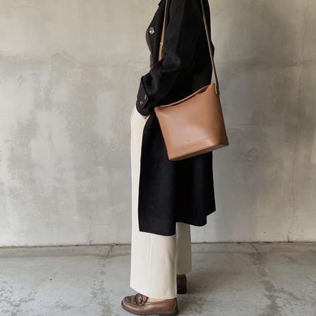 two‐tuck slacks[ivory]