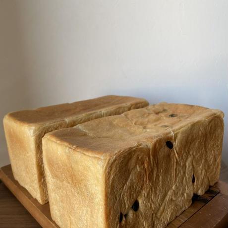 【5月お届け分】初音食パン プレーン&葡萄2本セット