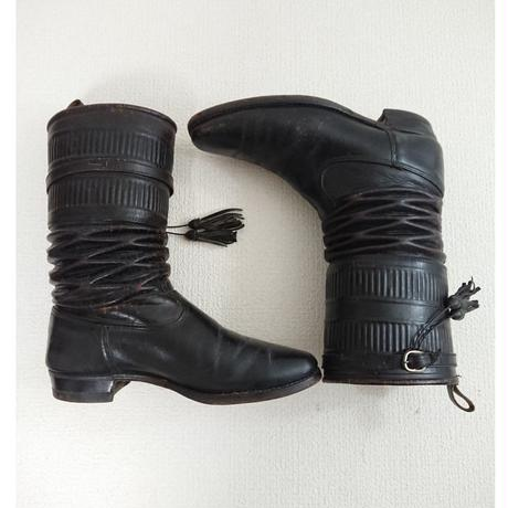 ~1960s  Bellows shape    Leather boots