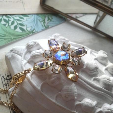 ヴィンテージ Honeyドラゴンズブレス雪の結晶のようなネックレス