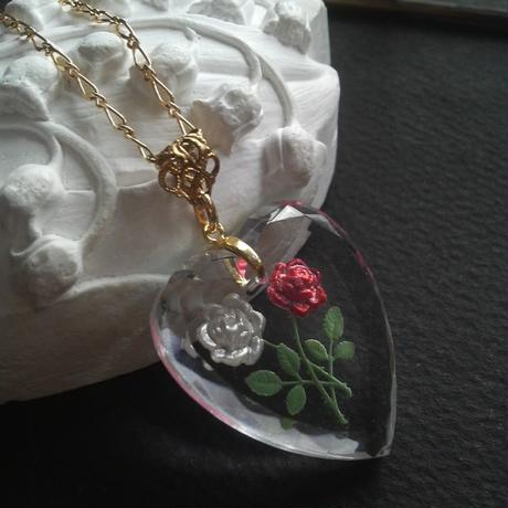 ヴィンテージ 薔薇White-Rose/Heart ネックレス