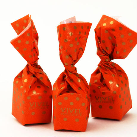〈トリュフチョコレート〉サフラントリュフ