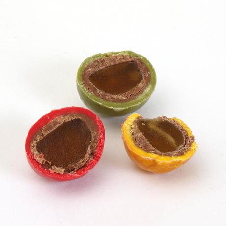〈チョコレートアソート4個入り〉ミルク【クランチ】・ホワイト【クランチ】・アップル【パール】・ヘーゼルナッツ【パール】